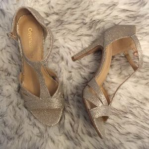 Shoes - Gold/silver Dressy heels